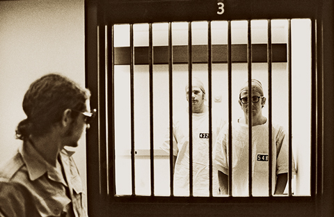 "standford prison study essay An elaborate behavioral simulation spirals shockingly out of control — and to a lesser degree, so does the movie — in ""the stanford prison experiment,"" a grimly staged dramatic."