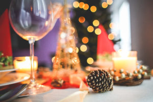 christmas-table-decoration-close-up-picjumbo-com